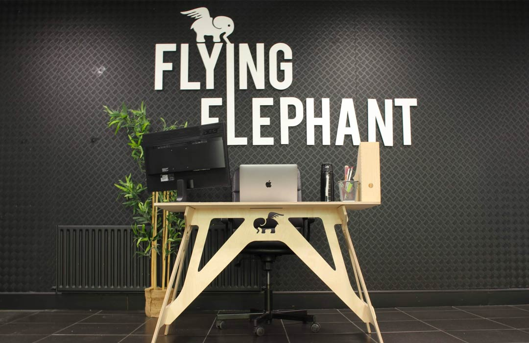 Flying Elephant's assemble-yourself working desks